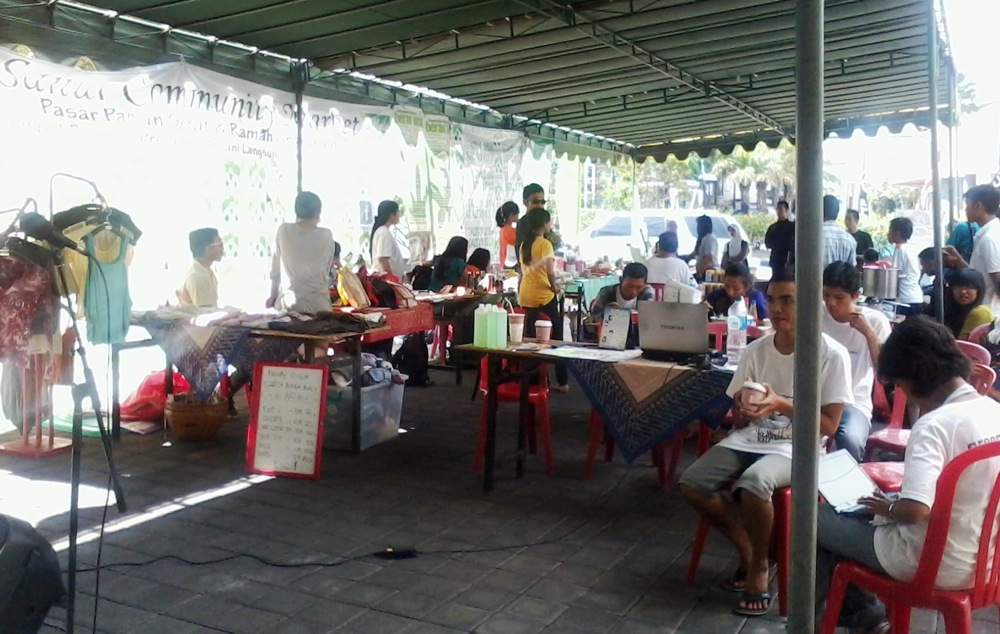 Pasar Sehat Ala Sunday Community Market Balebengong