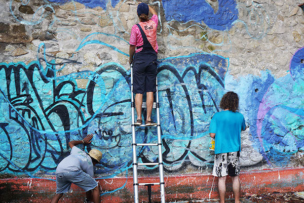 way up exhibition pameran kolaborasi street art balebengong