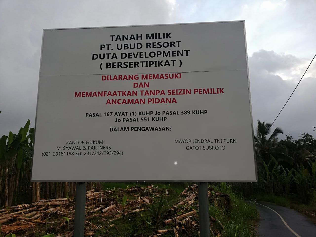 Perabasan kebun di Payangan, Gianyar termasuk salah satu konflik agraria di Bali. Foto KPA Bali.