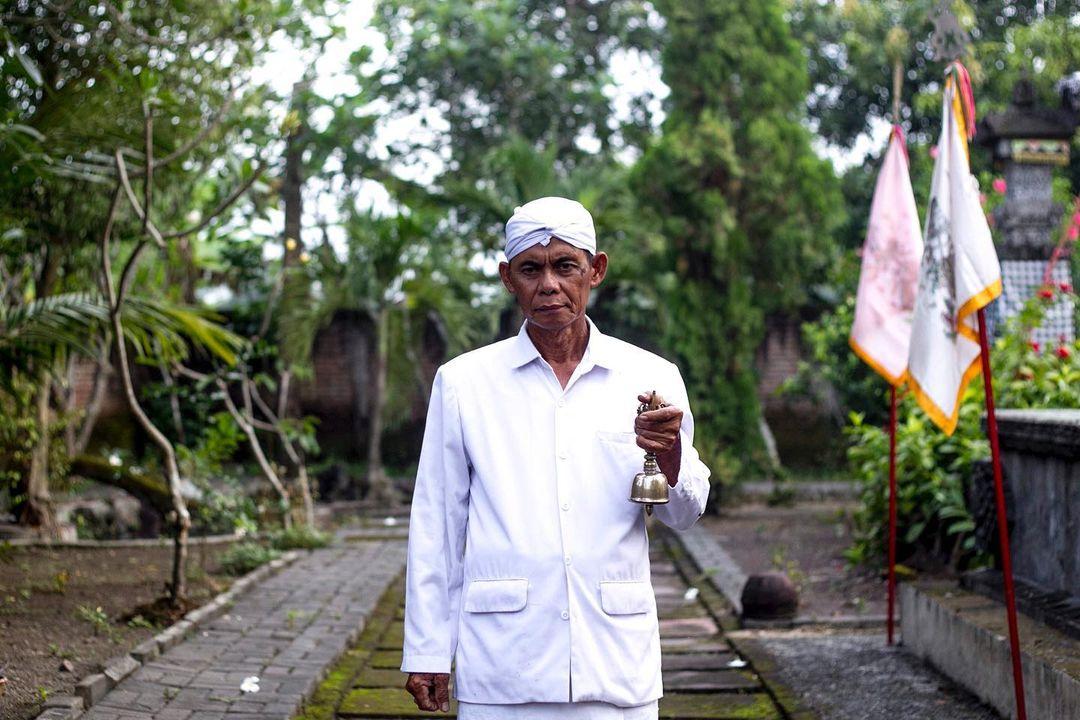 Umat Hindu Madura di Bongso Wetan menggunakan tradisi Jawa dalam ritualnya. Foto Fully Syafi.